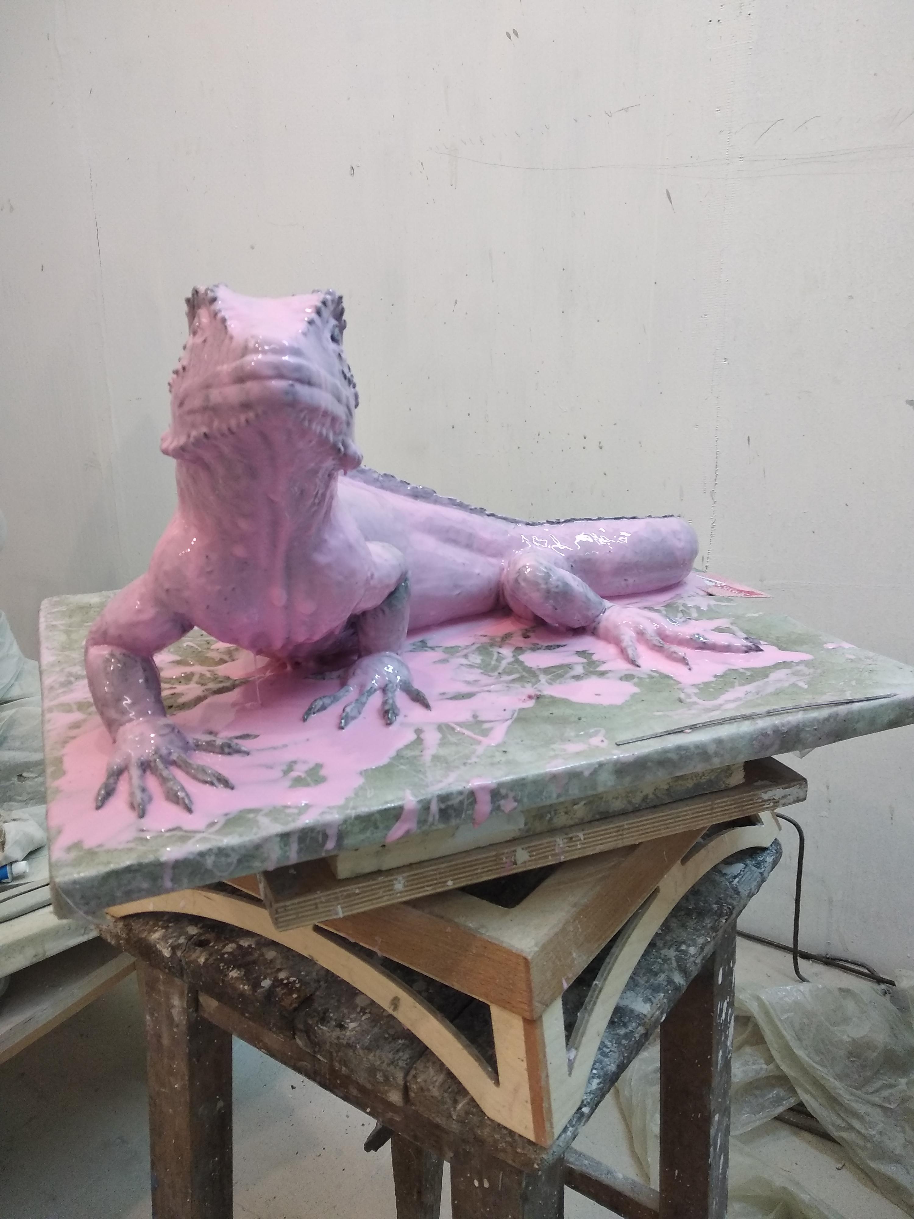 mold max 30. ящерица